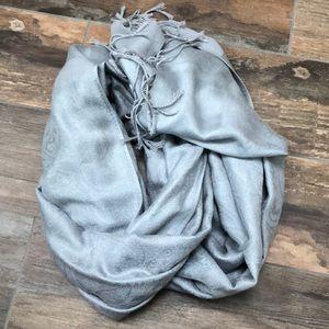 Accessories - Grey ultra soft scarf/wrap